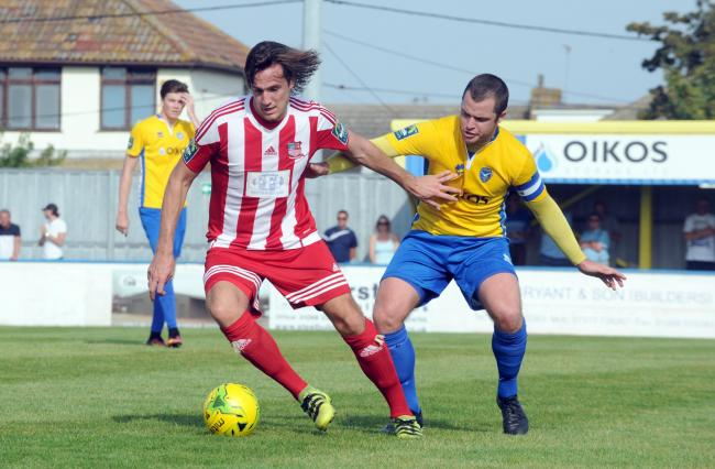 Signing - former Bowers & Pitsea midfielder Jamie Salmon