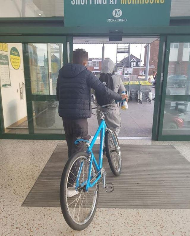 Bicycle yobs target busy Morrisons cafe | Echo