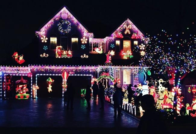 Have you got Britain's best Christmas lights on your road?