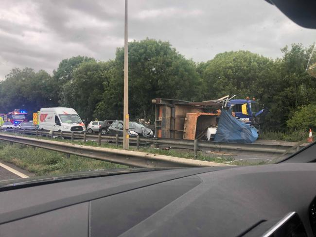 A127 crash: No one trapped in vehicles despite lorry overturning