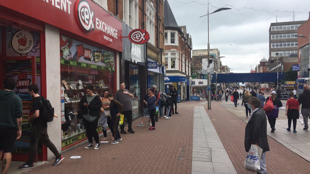 Echo: The queue at Cex in Southend
