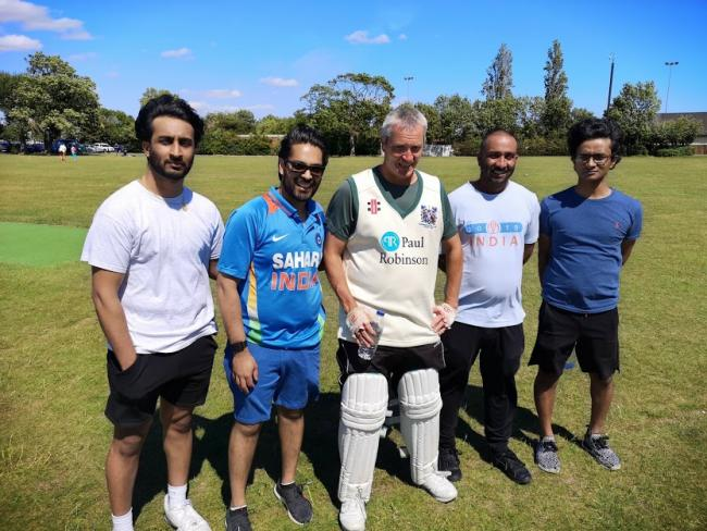 Marathon effort - Southend & EMT batsman Scott Elliott (centre) batted for 643 minutes at Southchurch Park to raise funds for the club