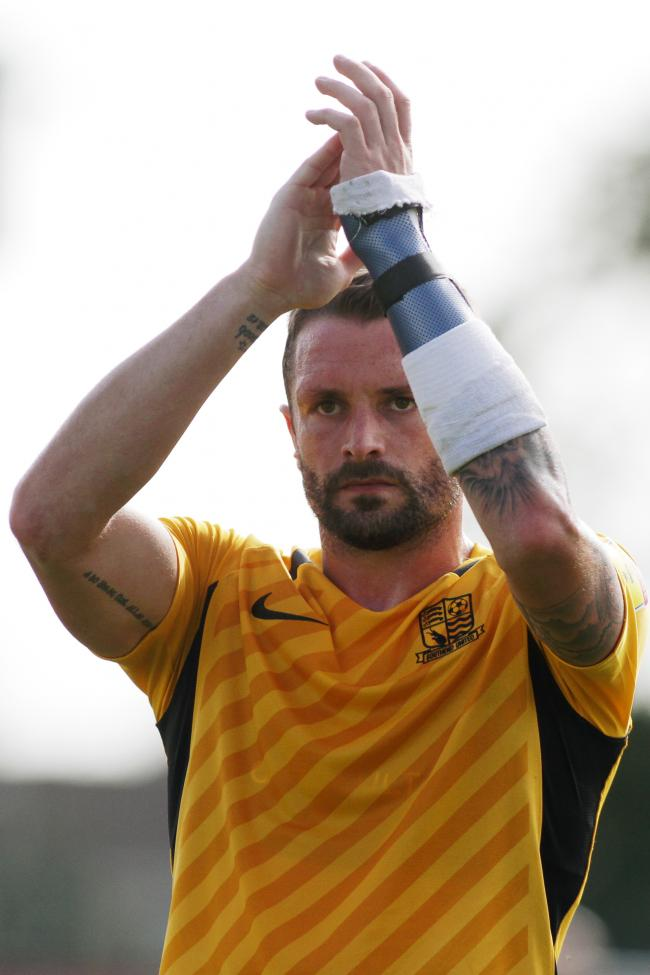 Agreed terms - experienced Southend United defender John White