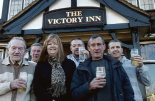 drinkers join forces to fight sports bar plans echo