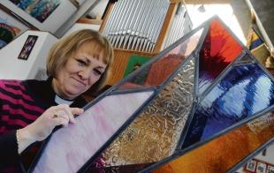 Rev Marion Woolford – looking for people to sponsor shards of stained glass window