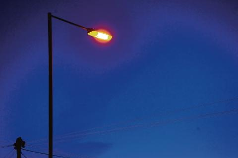 "Echo: ""Follow-us"" call from Essex County Council on streetlights switch-off branded ""disgraceful"""