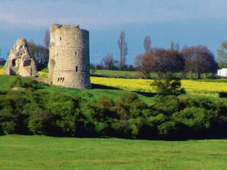 Hadleigh Castle taken from Canvey by Mick Harris