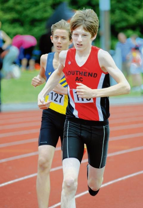 "Athletes flock to ""best ever"" Southend Open"