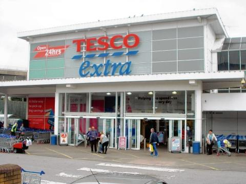Giant store – the Tesco Extra in Pitsea overs 125,000 sq ft.