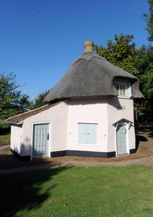Heritage: Canvey's Dutch Cottage dates back to 1618.
