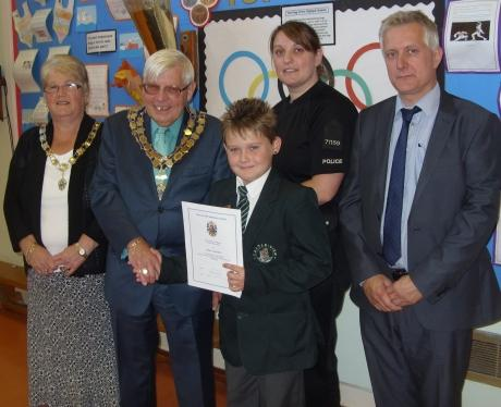 Canvey boy given commendation for helping woman