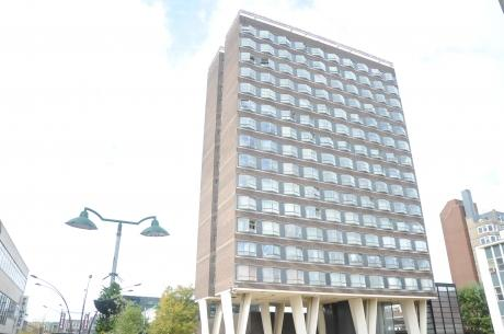 80 syringes found in towerblock carpark