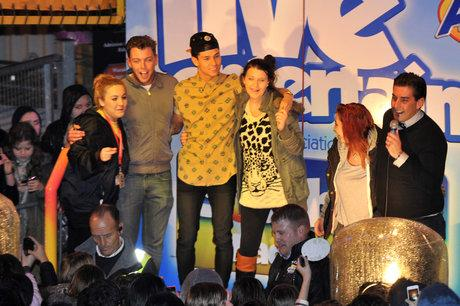 TOWIE's Arg draws in huge crowd at Southend's Adventure Island
