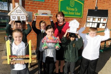 Headteacher of Pitsea Junior School highly praised in Ofsted report