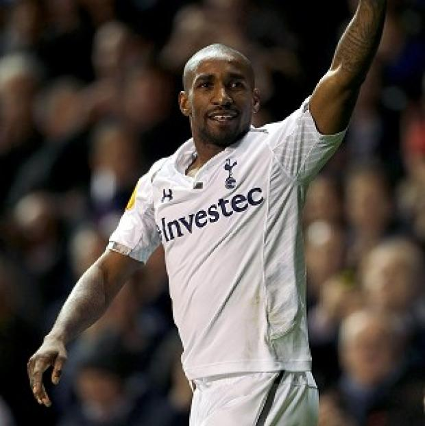 Jermain Defoe bagged a hat-trick as Tottenham beat Maribor