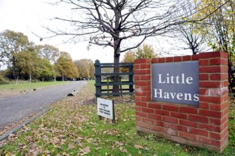 New plans - Little Havens, in Daws Heath Road