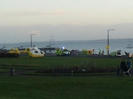 Man dies after boat capsizes off Southend seafront