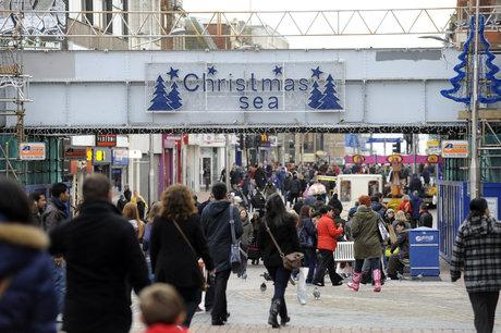 High street booms as shoppers grab a bargain