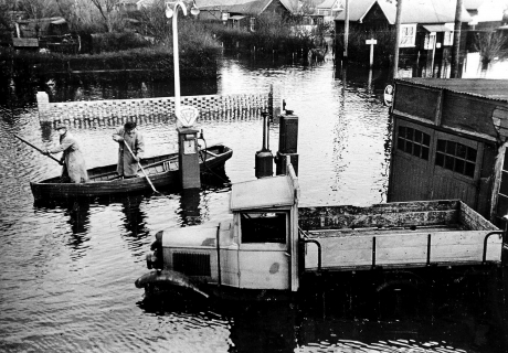 Island to mark 60th anniversary of flood