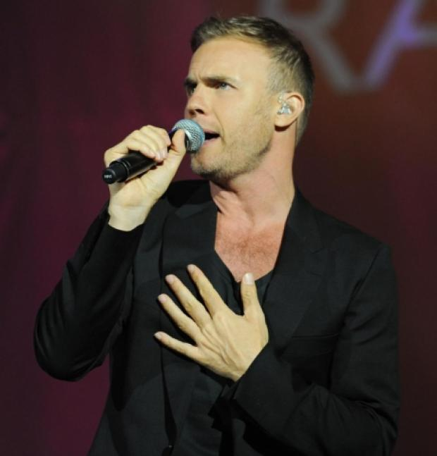 LIVE: Gary Barlow at the Cliffs