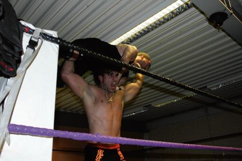 High there — Zaid Khan demonstrates the 'Gorilla Press' move he adopted from the Ultimate Warrior