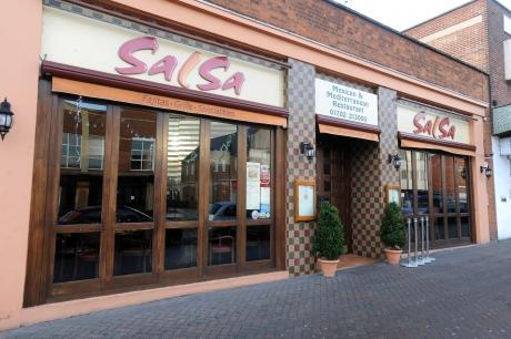 Drunk waved gun demanding £5,000 in busy Southend restaurant