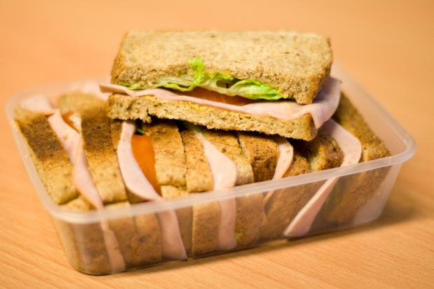 Bungling Basildon Tesco robber attemps to steal a car... but ends up with a sandwich