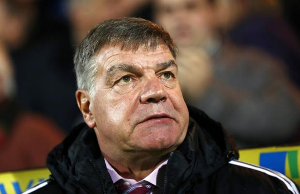 West Ham manager Sam Allardyce came under fir from Hammers fans during the match