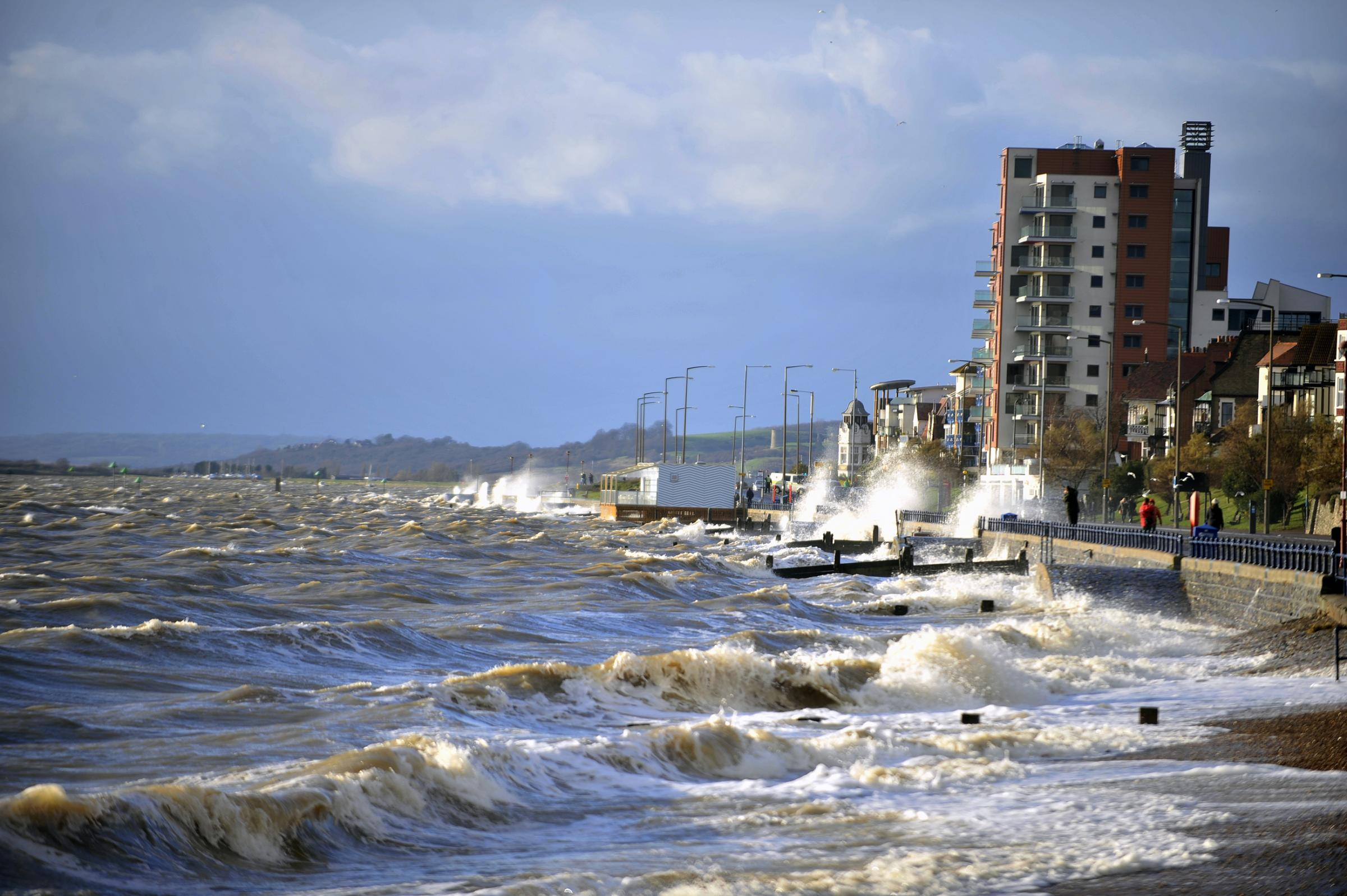 Sourthend seafront closed off as storms hit