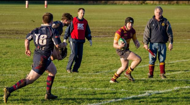 Closing in — Buster Edwards on his way to scoring Westcliff's fourth try