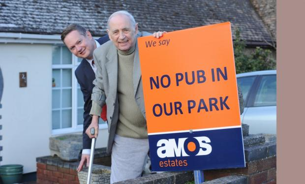 alf papworth and estate agent Darren Dukes director of Amos Estates, both against plans for a pub and restaurant in a local park