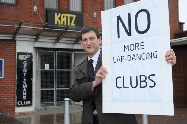 Echo: Council drops its fees for sex clubs