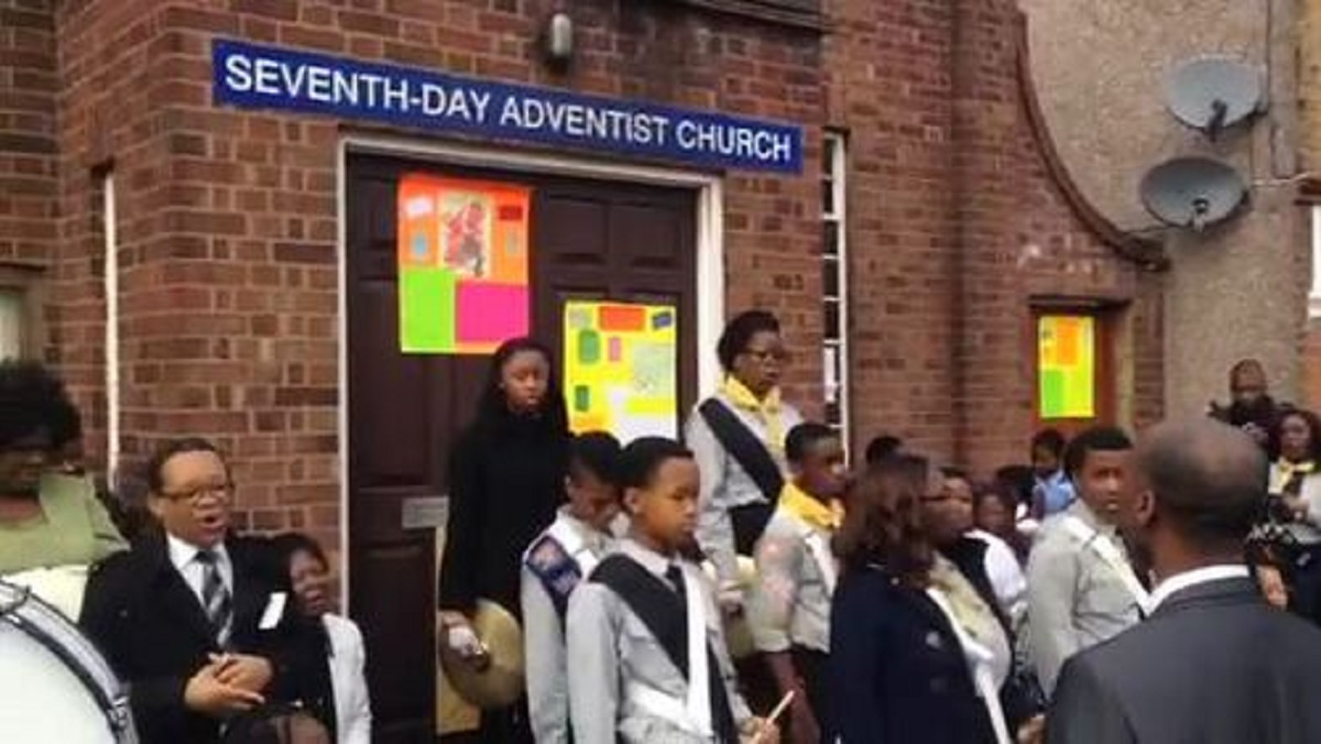 Children perform service outside arson-hit Westcliff church
