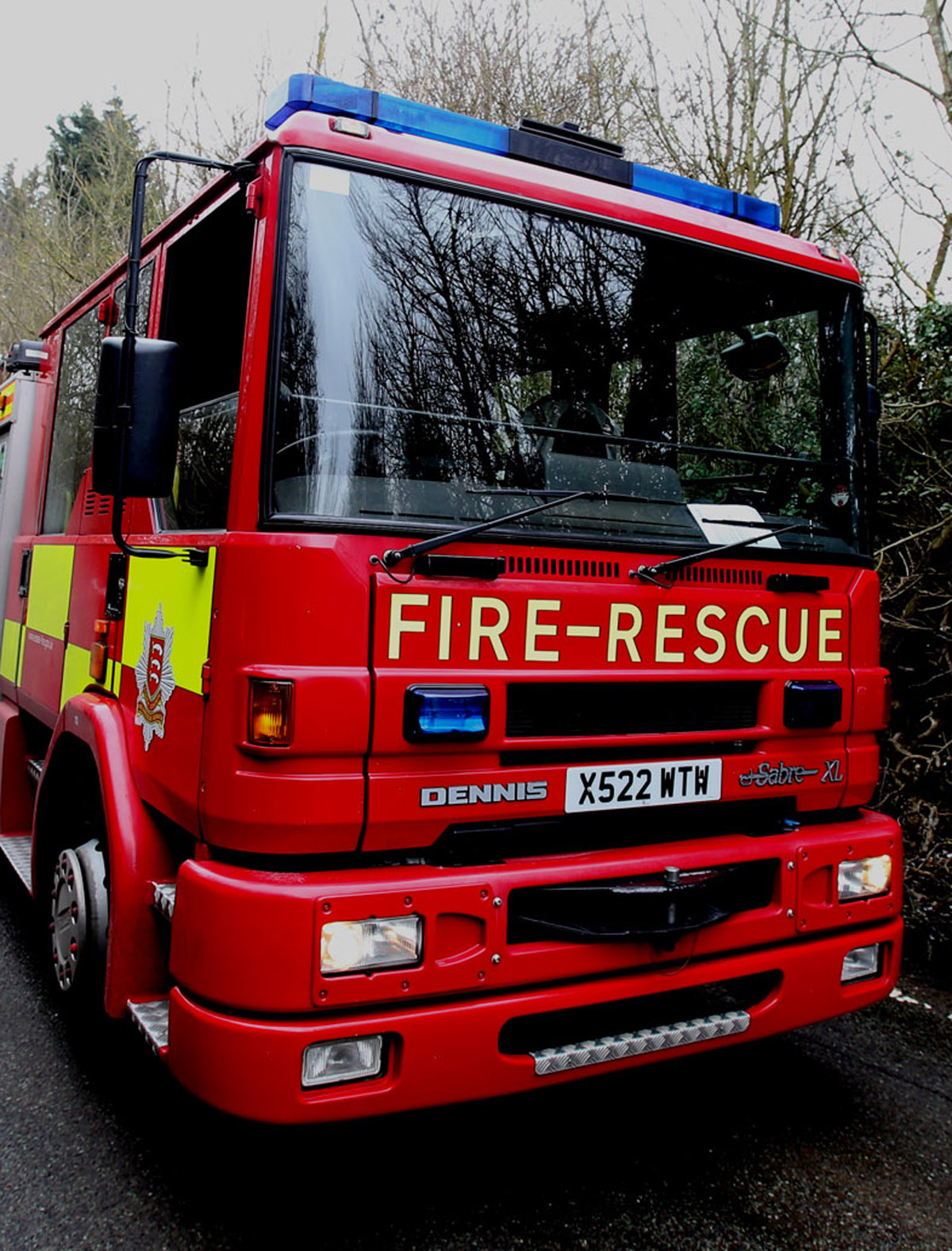 Firefighters tackle house fire in Hullbridge