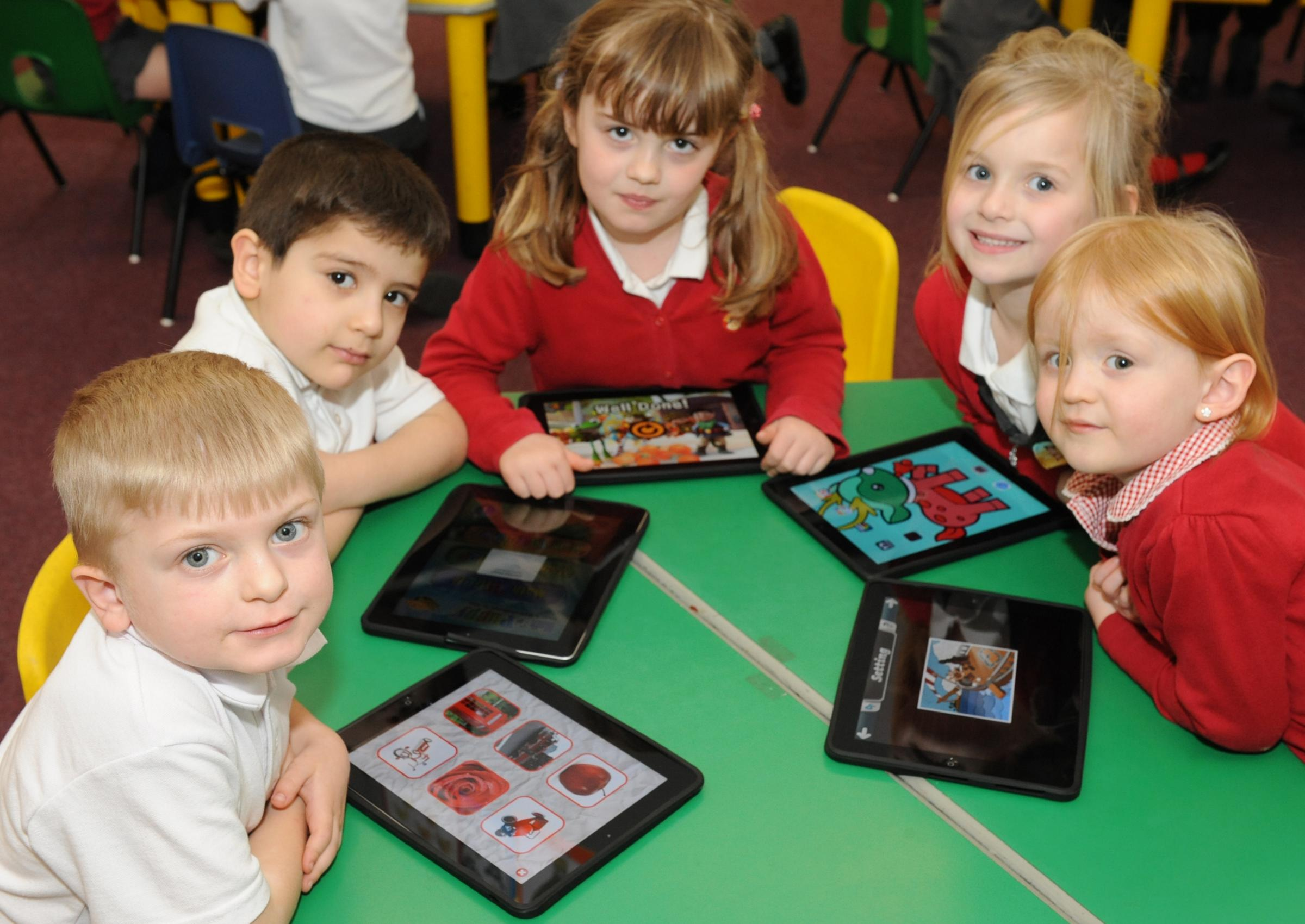 Tablet children – Oliver Wooton, Emirhan Kaygisiz, Bethany Gangs, Amelia Smithers and Evie Rae Grinstead-Miller from North Crescent Primary School, Wickford