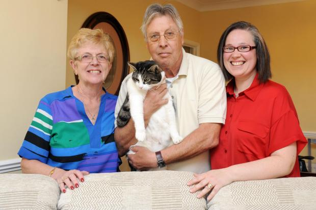 Echo: Purrfect end – Pauline and Bill Lowe with Crockett and Jenny Munro, right, from St Luke's Hospice shop in Grays