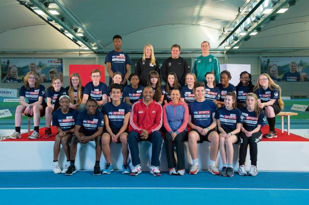 De La Salle School pupils with Jess Ennis-Hill and Darren Campbell