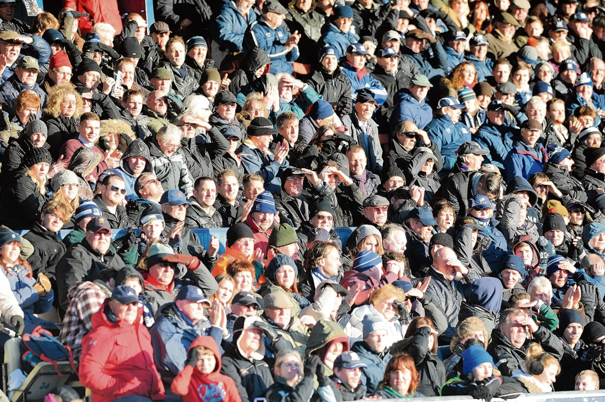 Southend United want to see their fans pack out Roots Hall for the rest of the season