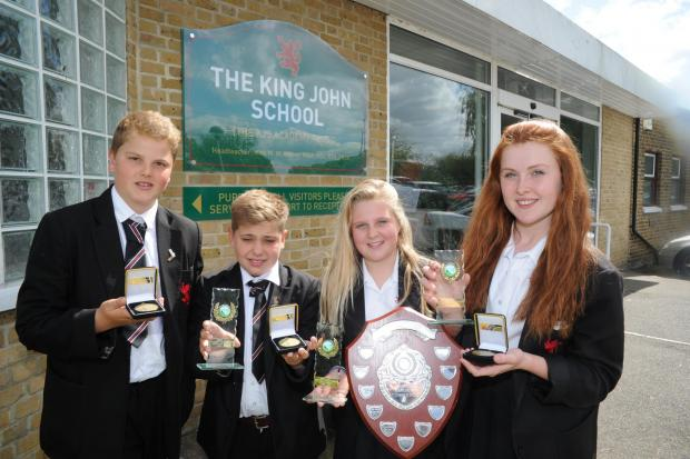 Stars of the future – King John golfers Malley Phillips, Henry Taylor, Jessica Hanlon and Izzy Lush with their medals