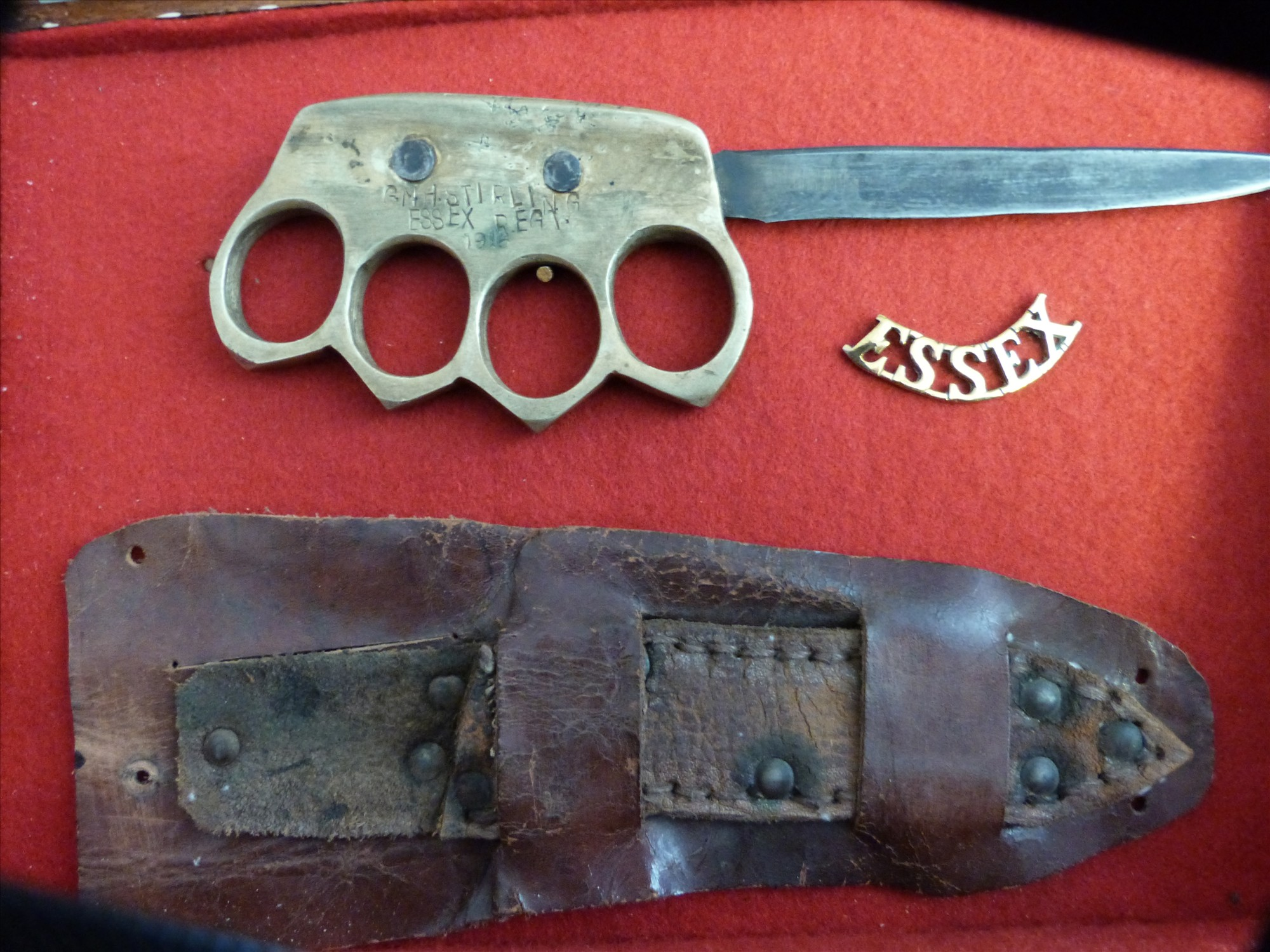 Museum's trench knife stolen
