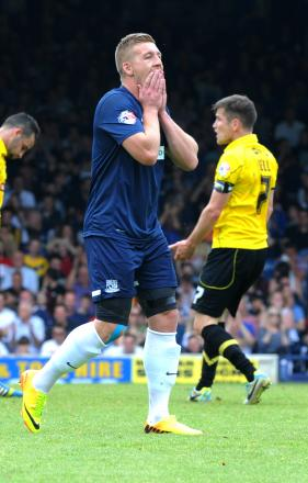 Freddy Eastwood - unable to get Southend United back in the game