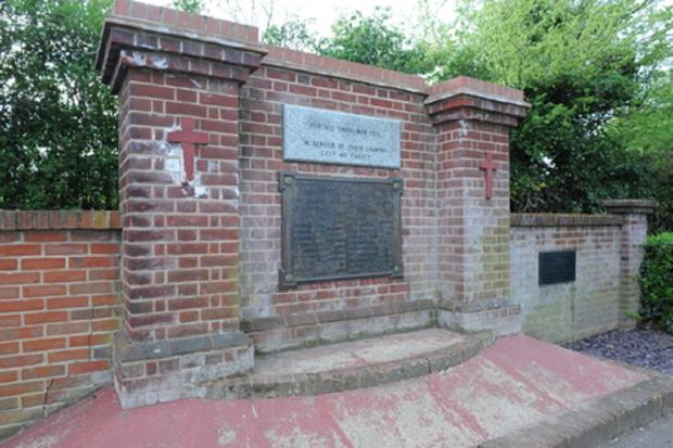 £5000 agreed for Canvey war memorial