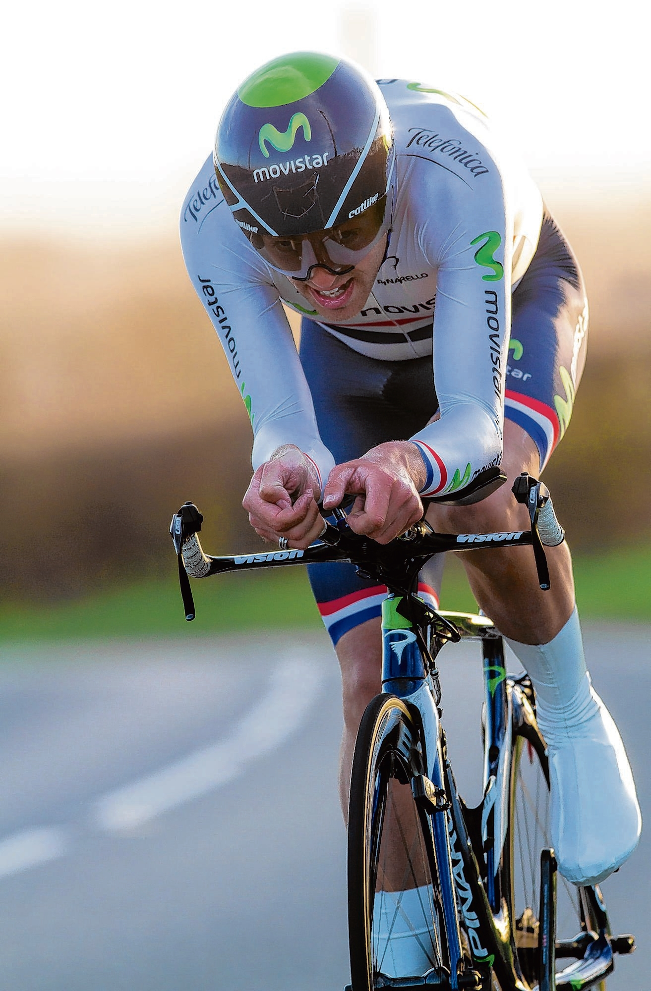 Dowsett (wearing his past national time-
