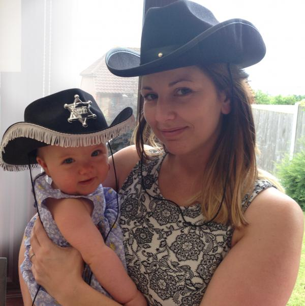 Hat's the way to do it – Lynsey Miller with E