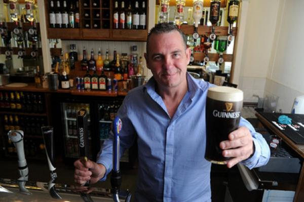 Canvey pub celebrates reopening