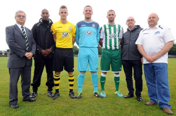 New season, new look – Wakering chairman Roy Kettridge, commercial manager Steve Walters, players Max Kent, Adam Seal and Lewis Sparrow in the new kits, Steve Gray and Ron Wallace from sponsor SX Sports