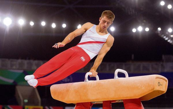 Max performs his pommel horse routine