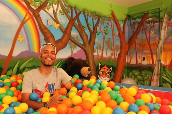 All my own work – Scott Irving and his mural on walls surrounding the hospice's soft play area