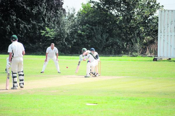 Rob Johnstone hit 41 for Old Southendian in response