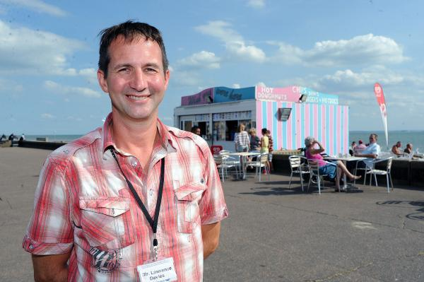 Plan to turn seafront kiosk into new cafe